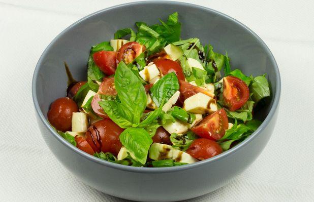 """Итальянский салат """"Капрэзе"""""""