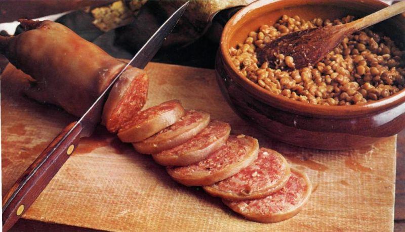 Итальянские мясные блюда: Дзампоне