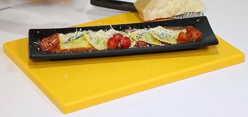 Равиоли с начинкой из шпината и сыра